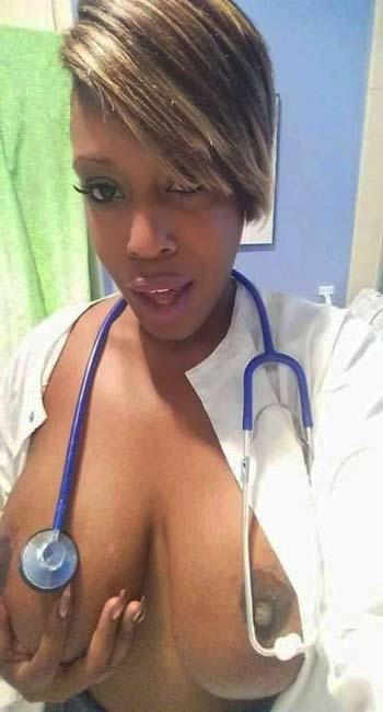 Infirmière chaude pour plans rapides à toute heure