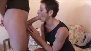 Femme en chaleur Fistée après un anulingus