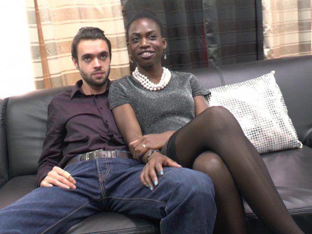Baise interraciale d'une couple libertin amateur