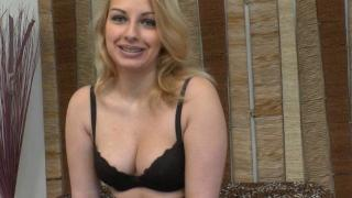 Femme sexy blonde baise torride avec mec TTBM