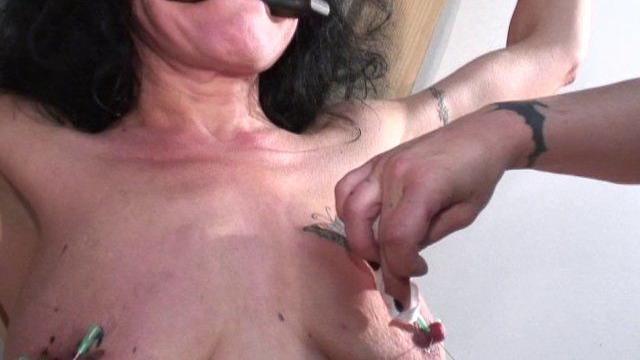 Sodomie douloureuse lors d'un dépucelage anal