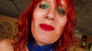 Femme libertine rousse nymphomane copieusement sodomisée