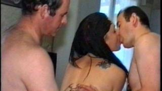 Porno vintage avec des habitués à baiser en partouze