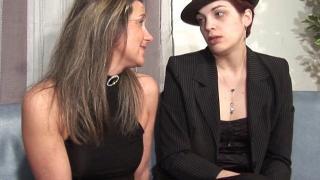 Partouze libertine avec des lesbiennes chaudes