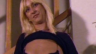 La sexy femme va se faire niquer