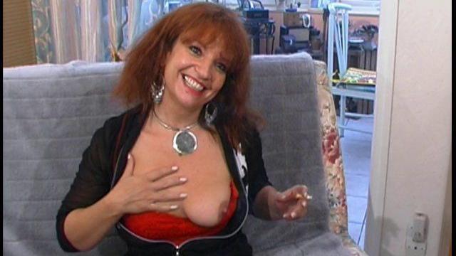 femme sexy pulpeuse va se faire sodomiser