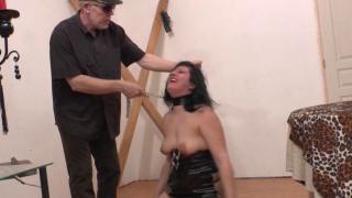 XXX Video femme nue de sexe amateur d'une bonne baise BDSM