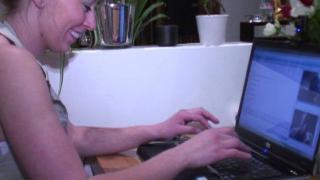 Video femme nue qui se tape une bonne baise et une sodomie