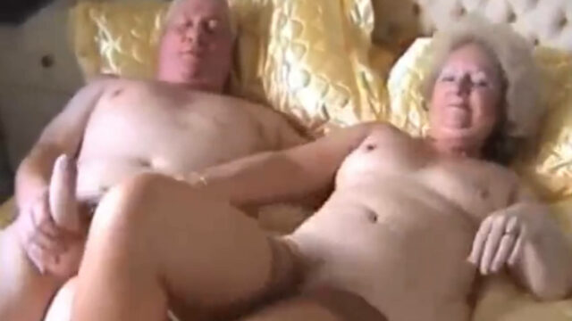 Porno vintage d'un couple libertin coquin